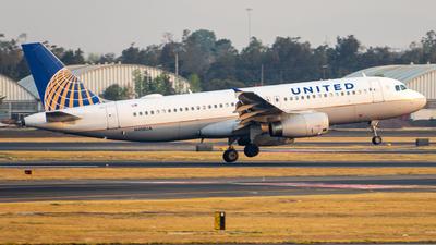 A picture of N418UA - Airbus A320232 - United Airlines - © Arturo Quintero