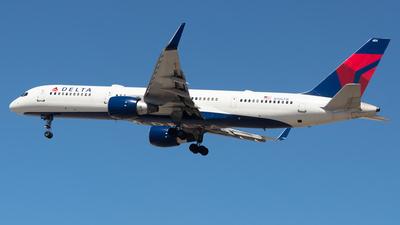N706TW - Boeing 757-2Q8 - Delta Air Lines
