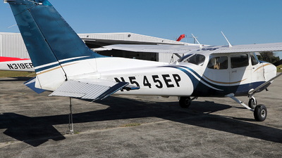 A picture of N545EP - Cessna 172S Skyhawk SP - [172S10529] - © Eric Page Lu