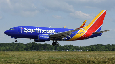 A picture of N908WN - Boeing 7377H4 - Southwest Airlines - © DJ Reed - OPShots Photo Team