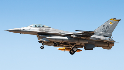 01-7051 - General Dynamics F-16C Fighting Falcon - United States - US Air Force (USAF)