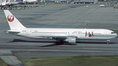 JA8266 - Boeing 767-346 - Japan Airlines (JAL)