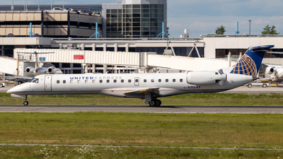 A picture of N11547 - Embraer ERJ145LR - United Airlines - © Azillion 737