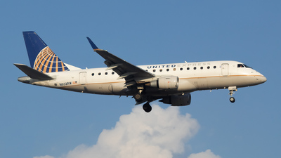 A picture of N632RW - Embraer E170SE - United Airlines - © Sebastian J Colaizzi