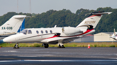 N212RH - Cessna 525 Citation CJ1 - Private