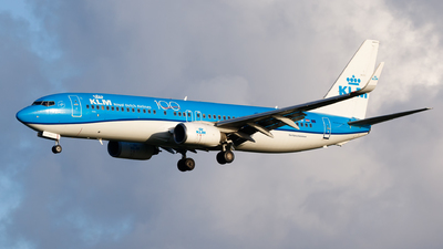 A picture of PHBXW - Boeing 7378K2 - KLM - © Matteo Lamberts