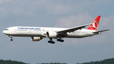 A picture of TCJJI - Boeing 7773F2(ER) - Turkish Airlines - © Vicknesh PS