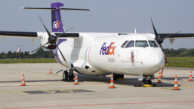 A picture of EIFXI - ATR 72202(F) - FedEx - © Rafal Pruszkowski