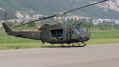 MM80686 - Agusta-Bell AB-205A-1 - Italy - Army