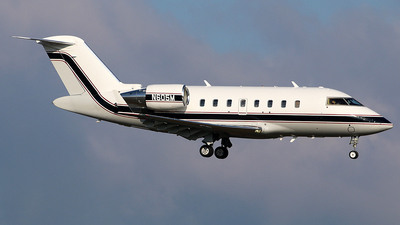 N605M - Bombardier CL-600-2B16 Challenger 605 - Private