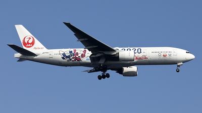 JA773J - Boeing 777-246 - Japan Airlines (JAL)