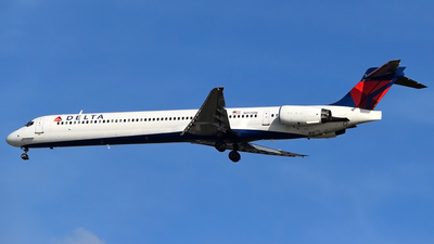 N917DN - McDonnell Douglas MD-90-30 - Delta Air Lines
