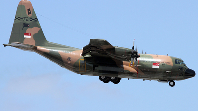 721 - Lockheed C-130B Hercules - Singapore - Air Force