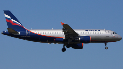 VQ-BCN - Airbus A320-214 - Aeroflot