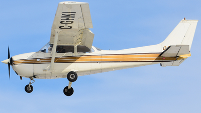 C-GHKI - Cessna 172M Skyhawk - Calgary Flying Club