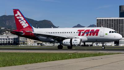 PR-MAL - Airbus A319-132 - TAM Linhas Aéreas
