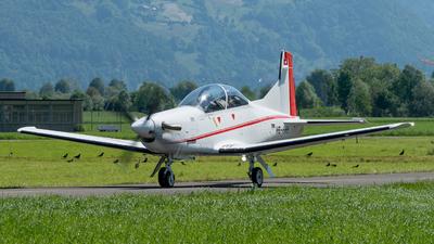 A picture of HBHHH - Pilatus PC7 Mk.II - Pilatus Flugzeugwerke - © Thierry Weber