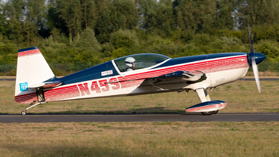 N45S - Extra 300S - Private