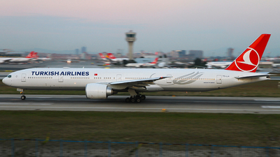 TC-LJA - Boeing 777-3F2ER - Turkish Airlines