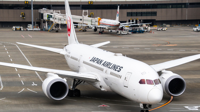 JA836J - Boeing 787-8 Dreamliner - Japan Airlines (JAL)