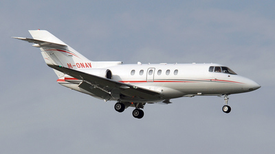 M-ONAV - Hawker Beechcraft 900XP - Private