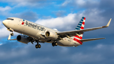 N817NN - Boeing 737-823 - American Airlines