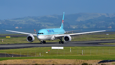 HL8085 - Boeing 787-9 Dreamliner - Korean Air