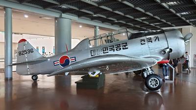 82536 - North American AT-6F Texan - South Korea - Air Force