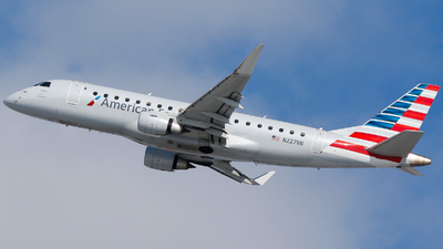 A picture of N227NN - Embraer E175LR - American Airlines - © Alec Mollenhauer