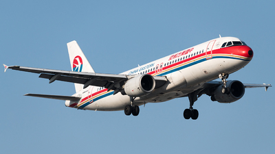 B-6878 - Airbus A320-214 - China Eastern Airlines