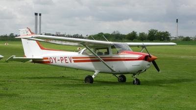 OY-PEV - Cessna 172P Skyhawk II - Starling Air