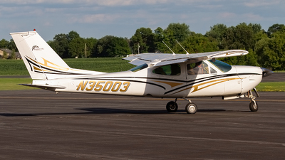 A picture of N35003 - Cessna 177RG Cardinal RG - [177RG1035] - © Jeremy D. Dando