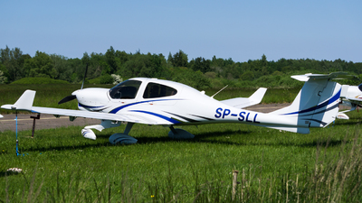 SP-SLL - Diamond DA-40D Diamond Star - Private