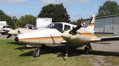 N42984 - Piper PA-34-220T Seneca III - Private