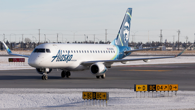 A picture of N628QX - Embraer E175LR - Alaska Airlines - © Mike MacKinnon