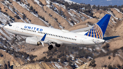 A picture of N27734 - Boeing 737724 - United Airlines - © HA-KLS