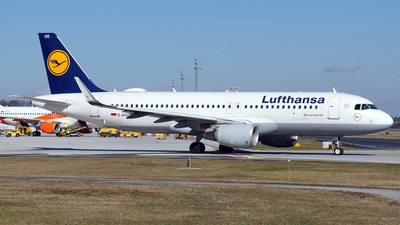 A picture of DAIUO - Airbus A320214 - Lufthansa - © Hugo Schwarzer
