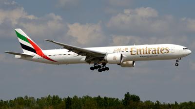A picture of A6EQI - Boeing 77731H(ER) - Emirates - © Donato Bolelli