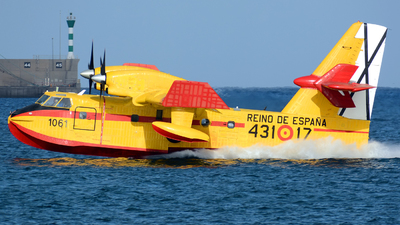 UD.13-17 - Canadair CL-215T - Spain - Air Force