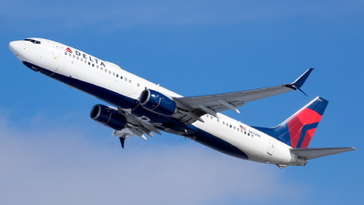 A picture of N872DN - Boeing 737932(ER) - Delta Air Lines - © Stephen J Stein