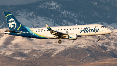 A picture of N647QX - Embraer E175LR - Alaska Airlines - © CJMoeser