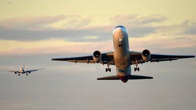 VH-OGT - Boeing 767-338(ER) - Qantas
