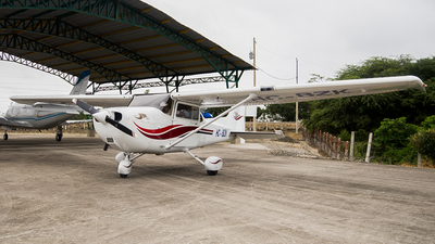 HC-BZK - Cessna 172S Skyhawk SP - Private