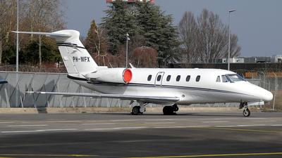 PH-MFX - Cessna 650 Citation VI - JetNetherlands