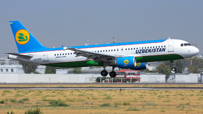 UK32016 - Airbus A320-214 - Uzbekistan Airways