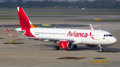 PR-OCI - Airbus A320-214 - Avianca Brasil