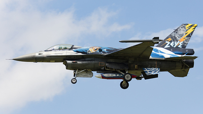 523 - General Dynamics F-16C Fighting Falcon - Greece - Air Force
