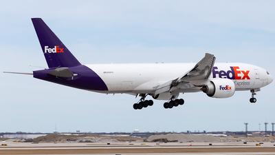 A picture of N888FD - Boeing 777FS2 - FedEx - © Elise Van de Putte