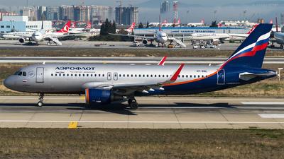 VP-BNL - Airbus A320-214 - Aeroflot