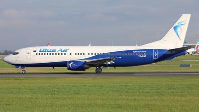 A picture of YRBAZ - Boeing 737405 - [24644] - © PAUL QUINN